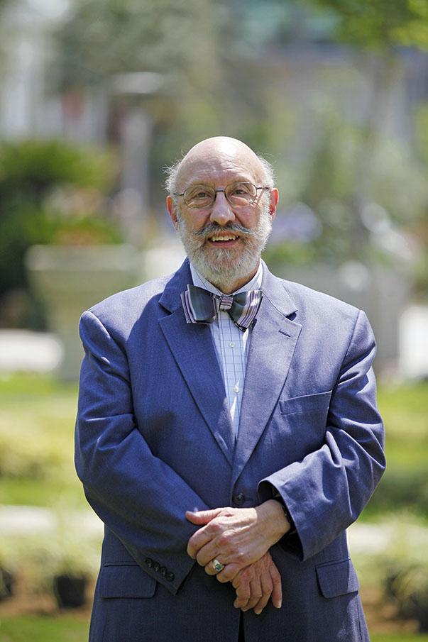 William Jack Hiebert- Yaşar Üniversitesi Sürekli Eğitim Merkezi(YÜSEM) Eğitmeni