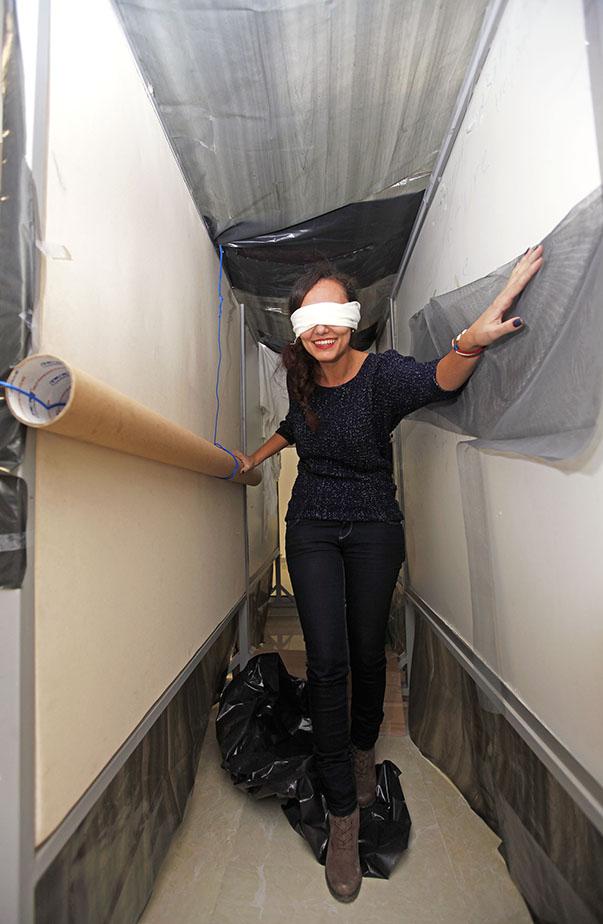 Siyah Tünel Projesi  Oluşturulan küçük tünelde hem görme hem duyma adına bazı engeller konulup sağlıklı bireylere bu yokluk hissi yaratıldı. Böylece kişilerin empati kurabilmeleri sağlandı.