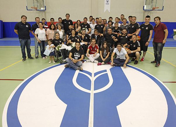 BJK RMK Marine Tekerlekli Sandalye Basketbol Takımı, İzmir Üniversiteler Platformu'nun organizasyonunda, Yaşar Üniversitesi'nde öğrencilerle buluştu. Bugüne kadar birçok lig şampiyonluğunun yanı sıra Avrupa Şampiyonluğu da bulunan Beşiktaşlı basketbolculara ilgi büyüktü.