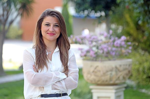 Doç. Dr. Gökçe Özdemir-Yaşar Üniversitesi Turizm İşletmeciliği Bölüm Başkanı