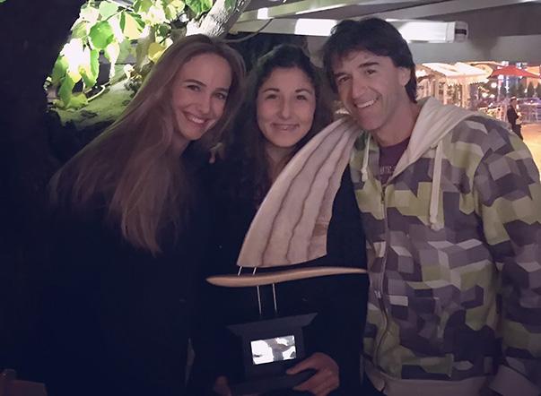 Fulya Ünlü, Yeni Zelanda'da yapılan ödül törenine sınavları nedeniyle  katılamadı. Fulya'nın ödülünü, antrenörü Çağla Kubat'ın sörfçü eşi Jimmy Diaz aldı.