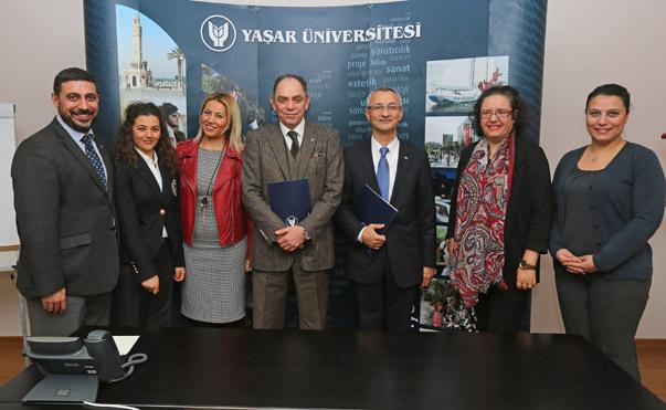 . Yaşar Üniversitesi'nde gerçekleştirilecek eğitimlerle Egeli ihracatçı firma sahipleri, yöneticiler ve çalışanlar hızla gelişen rekabet koşullarında yeni fikirleriyle firmalarının fark yaratmalarını ve karlılıklarını artırmalarını sağlayacak.