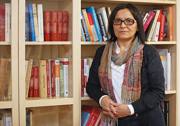 Yaşar Üniversitesi Hukuk Fakültesi Dekanı Prof. Dr. Ayşe Havutçu