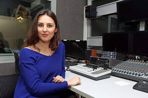 Yasar Tanitim - Gulsah Dundar