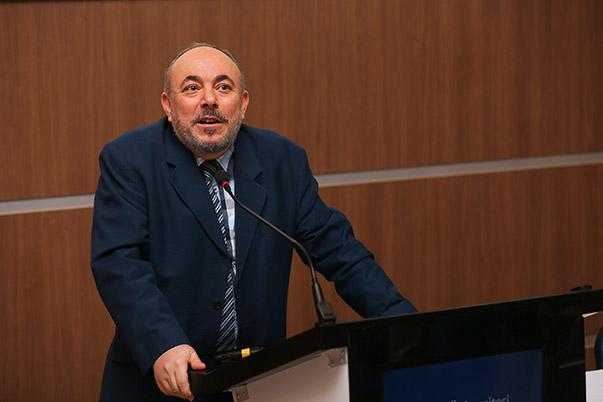 Yaşar Üniversitesi Rektör Vekili Prof. Dr. Cemali Dinçer