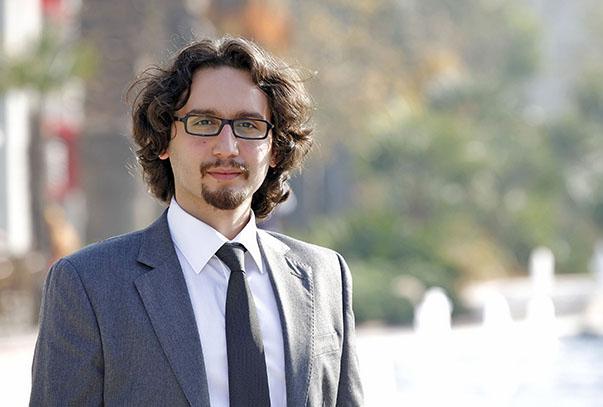 Yaşar Üniversitesi Uluslararası İlişkiler Bölümü Öğretim Üyesi Yrd. Doç. Dr. Gökay Özerim