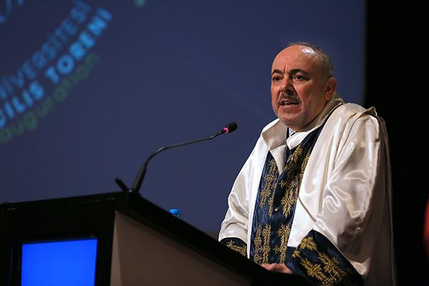 Yaşar Üniversitesi Rektörü Prof. Dr. M.Cemali Dinçer