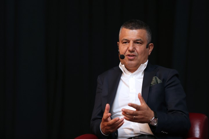 Beyin ve Sinir Cerrahisi Uzmanı Prof. Dr. Kemal Yücesoy