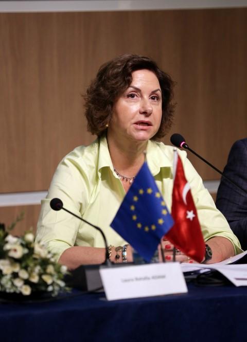 B Komisyonu Türkiye Delegasyonu İşbirliği Bölüm Başkanı Elçi Müsteşar Simona Gatti