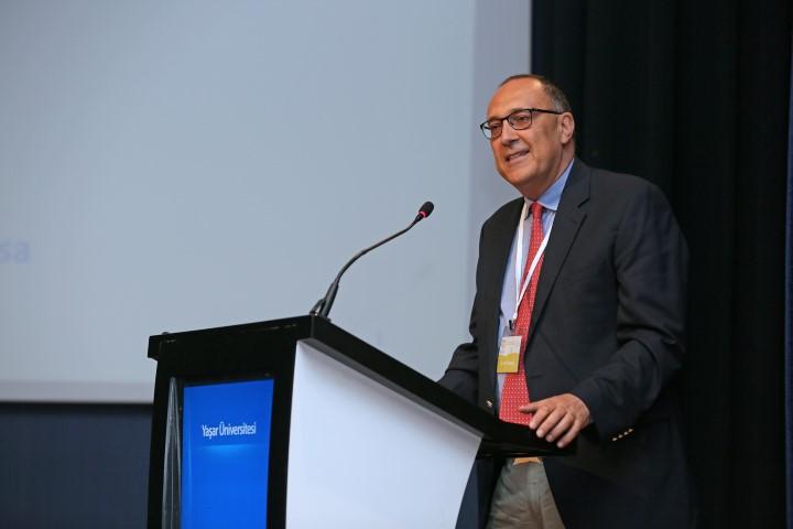 Fransa INSEAD Teknoloji ve Operasyon Yönetimi Profesörü Enver Yücesan