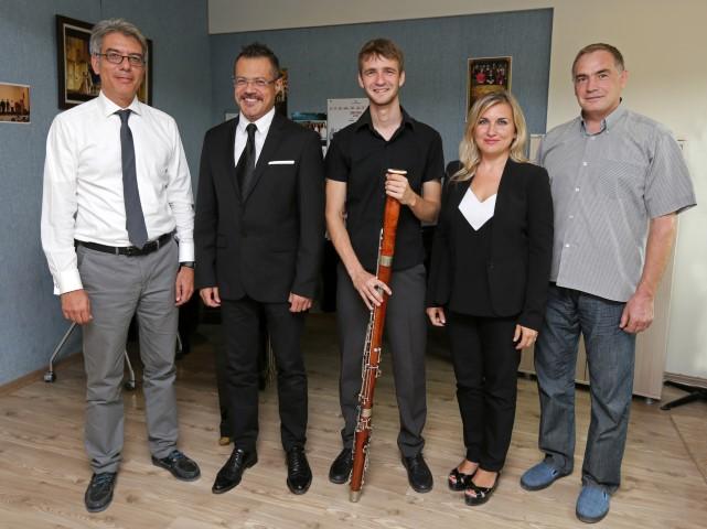 Fotoğraftakiler: Prof.Dr.Levent Kandiller, Aşkın Usta, Özge Usta (Bizde hoca) , Anton Trofimov, Valentyn Trofimov
