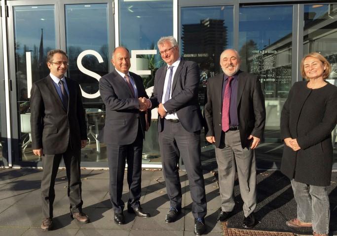 ( Soldan sağa ) ( Wageningen ) Dr. Emrah TOMUR, Ahmet YİĞİTBAŞI, Martin SCHOLTEN, Prof. Dr. M. Cemali DİNÇER, Zeynep SARILAR.
