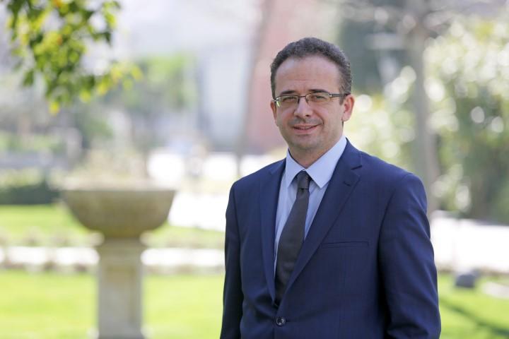 Yaşar Üniversitesi Bilgi ve Teknolojileri Transfer Ofisi Müdürü Dr. Emrah Tomur