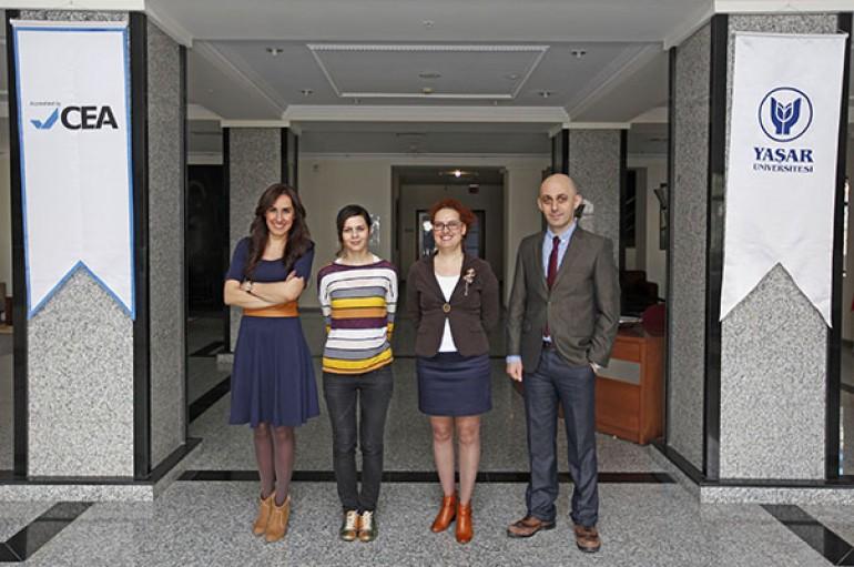 Yaşar'dan öğretmenlere uluslararası sertifika