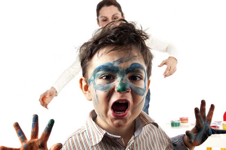 Anne  ve babalar 2 yaş sendromuna dikkat