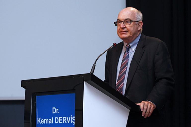 Kemal Derviş: Türkiye daha çok tasarruf etmeli