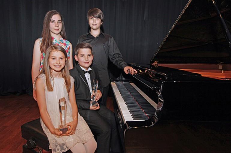 Genç piyanistler ödüllendirildi
