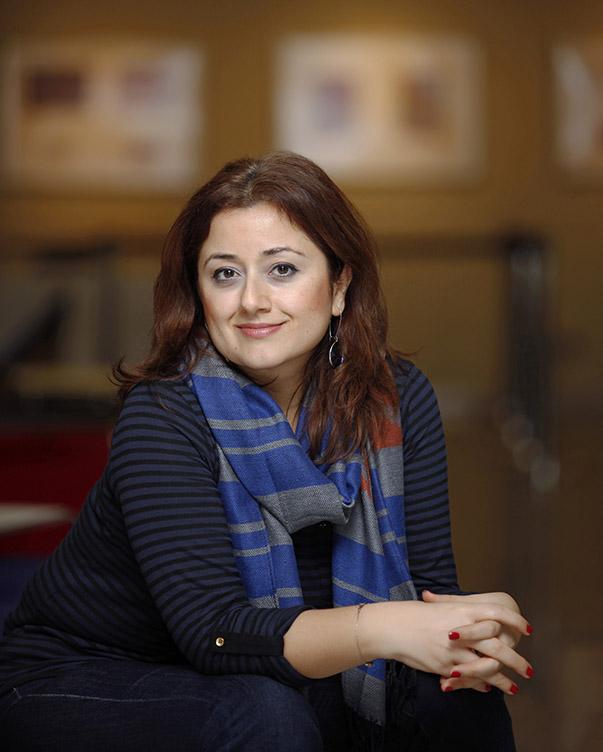 Doç. Dr. Özlem Aşman Alikılıç- Yaşar Üniversitesi Halkla İlişkiler ve Reklamcılık Bölümü Öğretim Üyesi