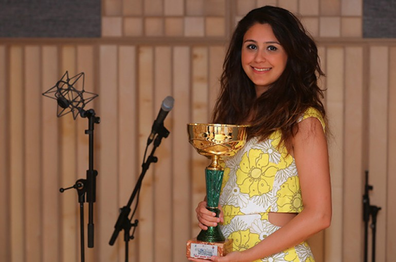Yaşarlı genç soliste İtalya'dan birincilik ödülü