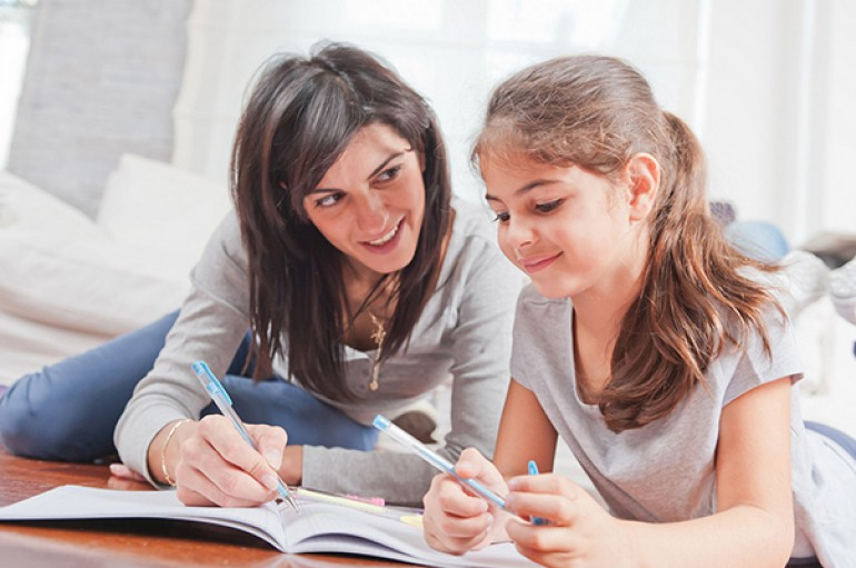 Ödev yapmak çocukların, destek olmak anne-babaların görevi