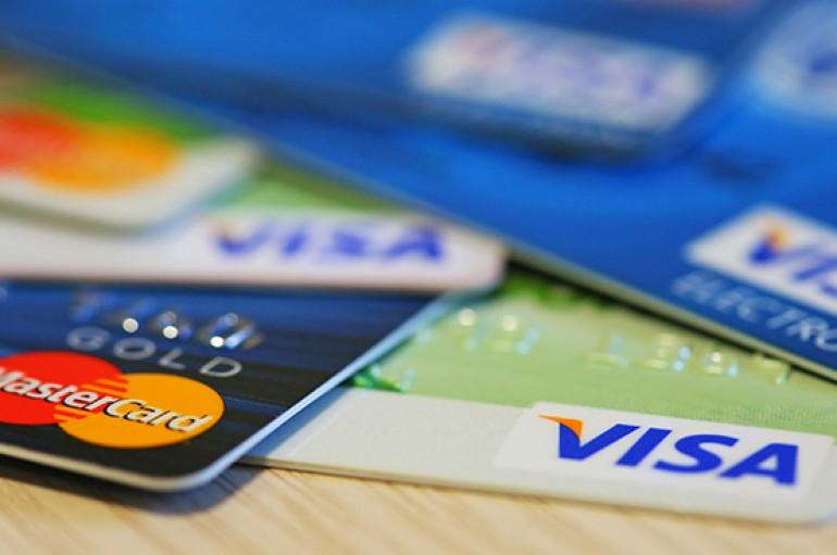 Kredi kartları sanal refah yaratıyor
