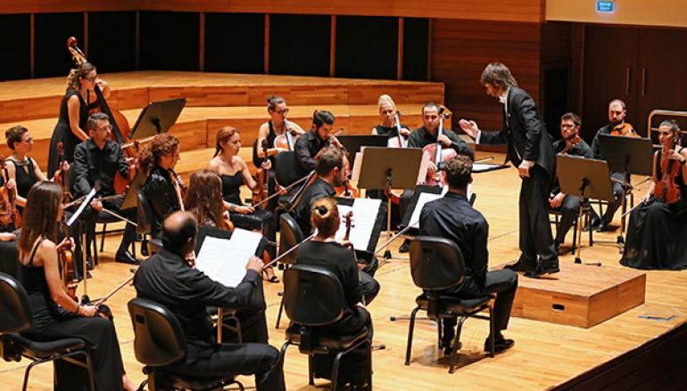 Yaşar Üniversitesi Oda Orkestrası'ndan muhteşem açılış konseri