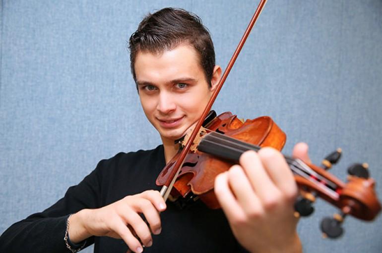 Yaşarlı Peter Mekaev İtalya'da Türkiye'yi temsil etti, 1'inci oldu