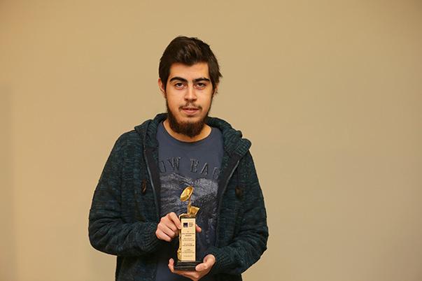 Yaşar Üniversitesi İletişim Fakültesi Öğrencisi Taylan Nalbant
