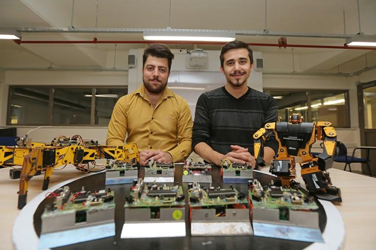 Robotlarıyla ödülleri topluyorlar