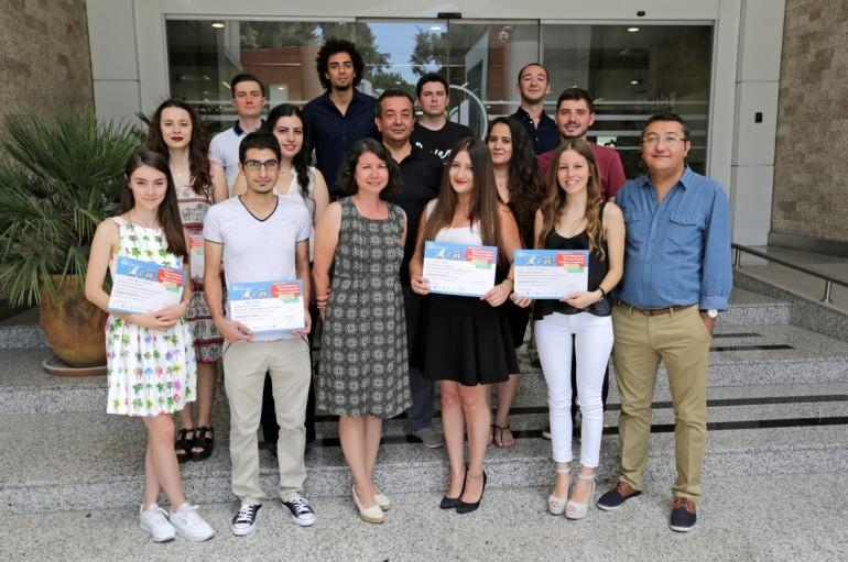 Mühendislik ödülleri Yaşarlı gençlere