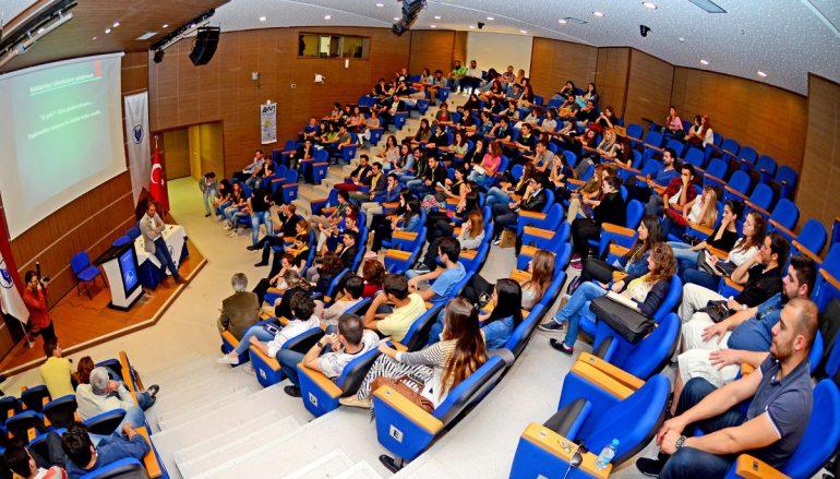 İzmir'in en çok tercih edilen üniversitesi
