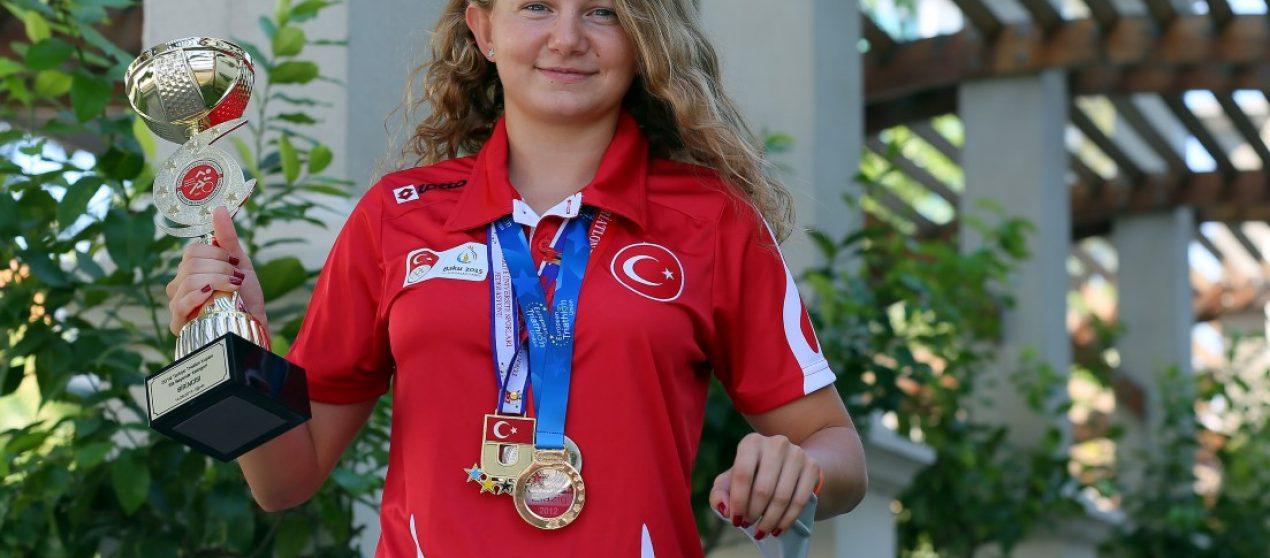 (Turkish) Yürüyemezsin dediler şampiyonluğa koştu