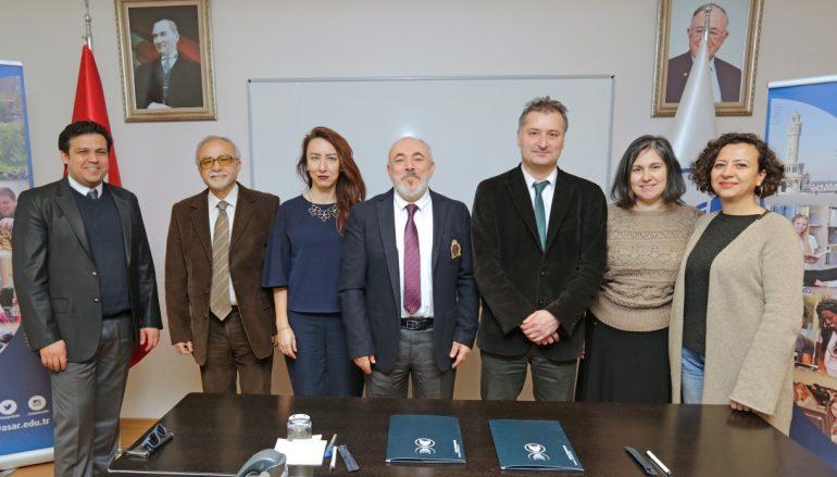 İzmirli mimarlara akademik destek