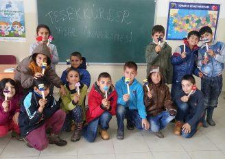 """(Turkish) Kampüste bir gün değil  her gün """"iyilik var"""""""