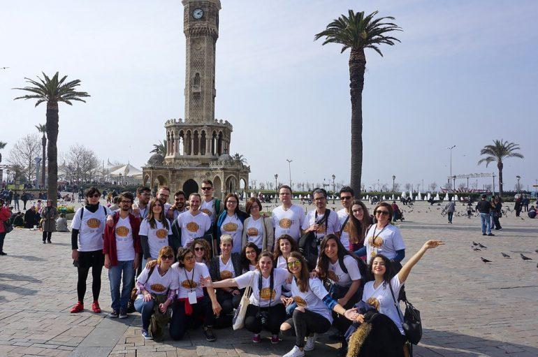 9 ülkeden uzmanlar gençler için buluştu