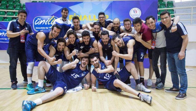 Yaşarlı basketbolcular Türkiye üçüncüsü