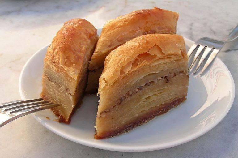(Turkish) Bayramda tatlı tüketimine dikkat