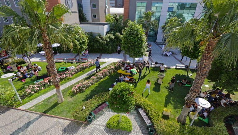 Yaşar'dan yeni eğitim yatırımları