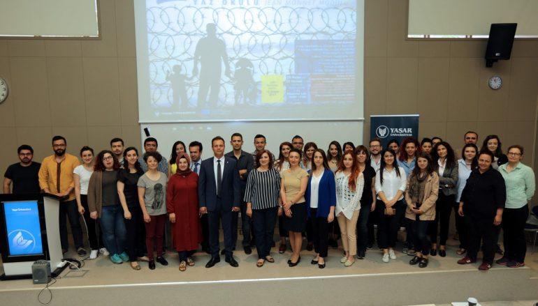 (Turkish) Yaşar Üniversitesinde göç yaz okulu düzenlendi