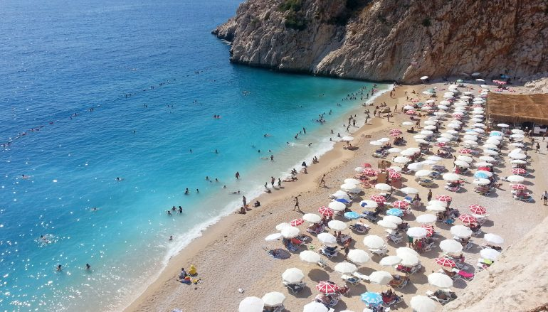 Birleştirilerek uzatılmış bayram tatilleri iç turizmde canlılık kaynağı