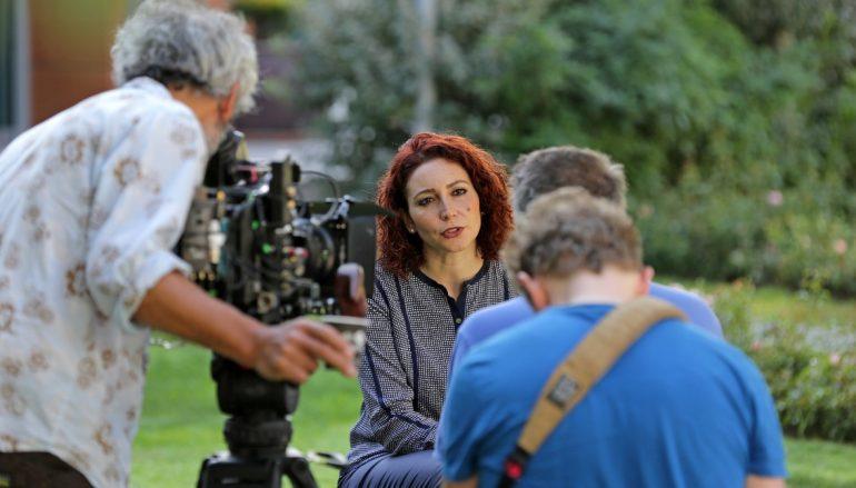 (Turkish) Süper star şef Yaşar Üniversitesi'nde belgesel çekti