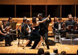 (Turkish) İzmir'de tango rüzgarı esti