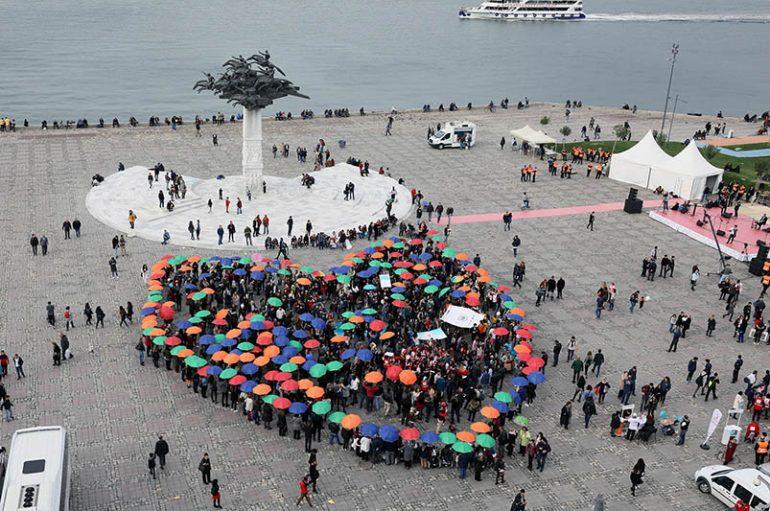 (Turkish) İzmir iyilikte buluştu