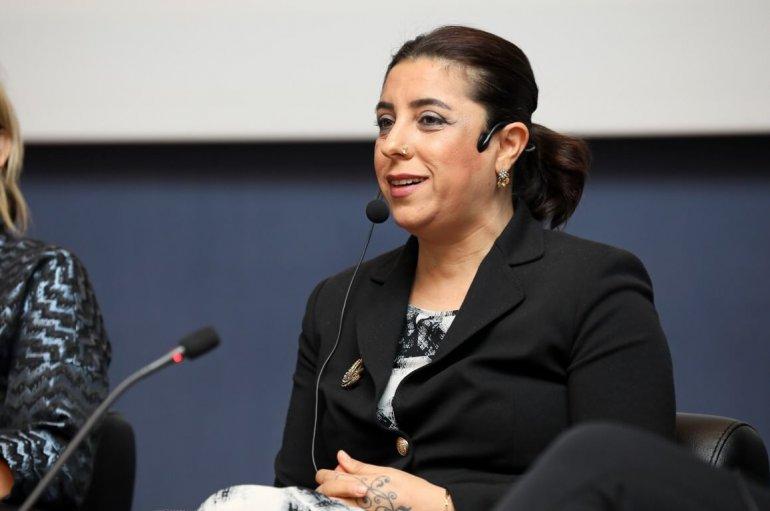 (Turkish) Dünyaya örnek olan kadın Ebru Baybara Demir Girişim Okulu'nda anlattı