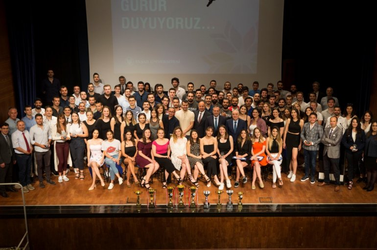 Students' success in sports awarded