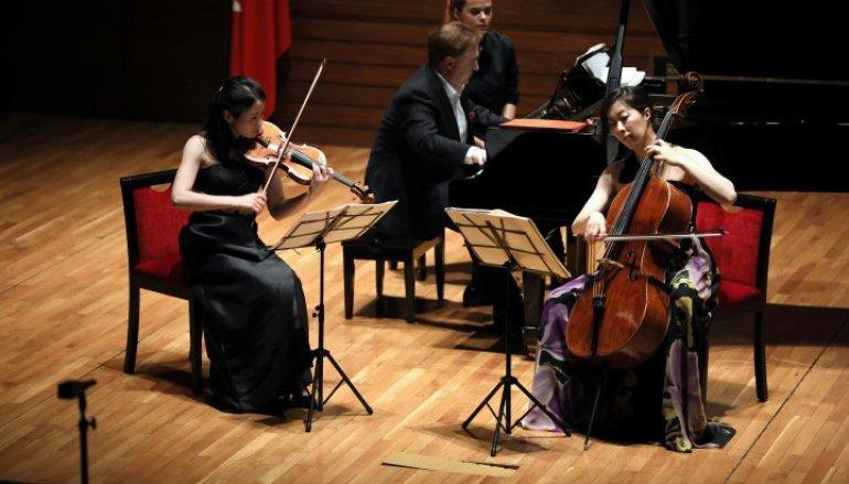 Sanat i'Çin' dostluk köprüsü