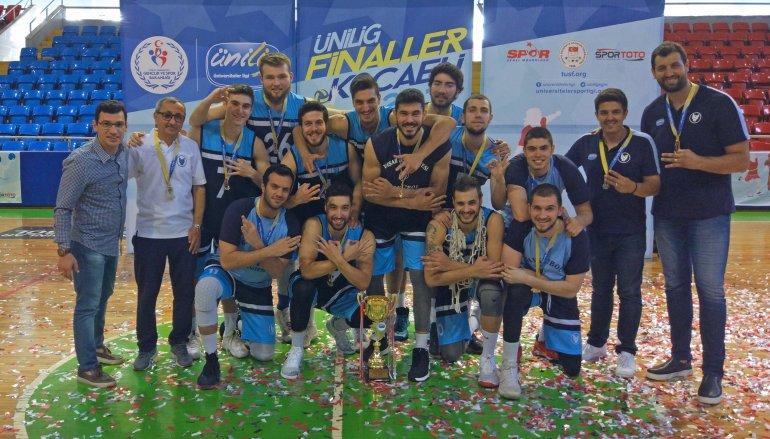 ÜNİLİG'de gurur veren şampiyonluk