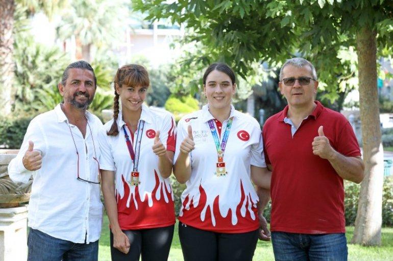 (Turkish) Şampiyon kızların şampiyon babaları
