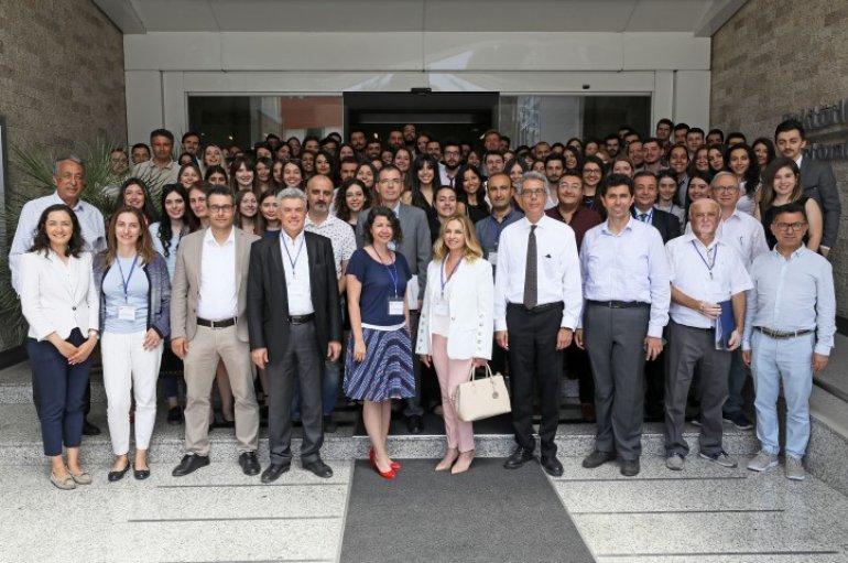 (Turkish) Hem zamandan hem maliyetten kazandıran projeler
