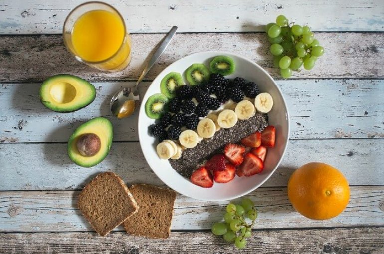 (Turkish) Sıcaklarda besin zehirlenmesine dikkat